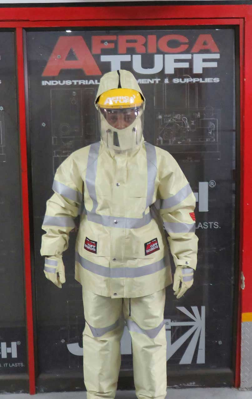 P P E Safety Suit For Ultra High Pressure Water Blasting